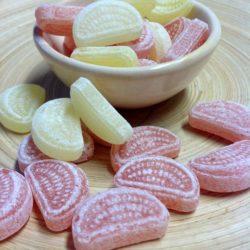 Bonbons-Zitronen-Orangen-Schnitten