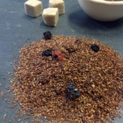 Rotbusch Tee Fruchtcocktail