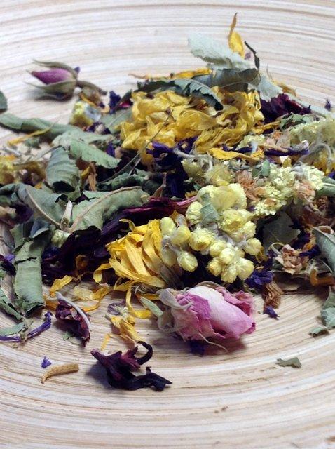 Blütentraum- Kräutertee grob von Gewürzversand Munzert